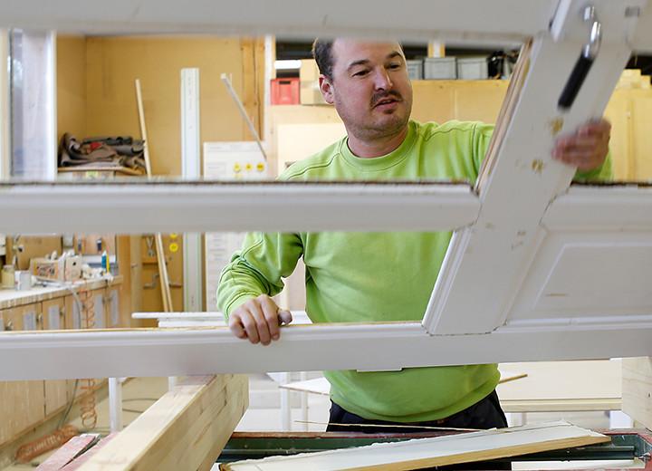 Holzbauwerk ag fensterrenovation renovationsfenster for Angebot fenster